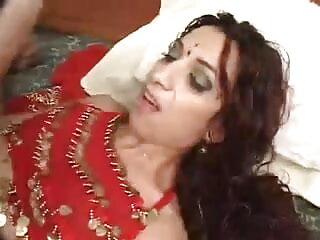 बिना सेंसर जापानी पोर्न सेक्सी फिल्म फुल एचडी में हिंदी - blowjob