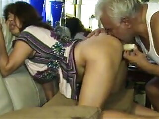 सेक्सी गधा चाट