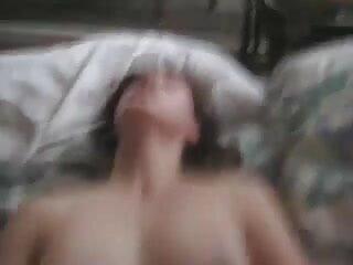 कटिया दो काले लंड से चुदवाती है सेक्सी फिल्म फुल एचडी में हिंदी