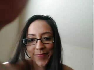 कोलम्बियाई कुतिया दिखा उसके बड़े स्तन और कमिंग फुल एचडी सेक्सी फिल्म वीडियो में (भाग 1)