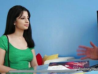 सीएसएस गंदी 9 हिंदी बीएफ फुल मूवी एचडी बदबू
