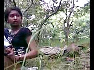 बेइसे सुर ले ट्रैक्टॉरिटी रूज सेक्सी फुल एचडी हिंदी में