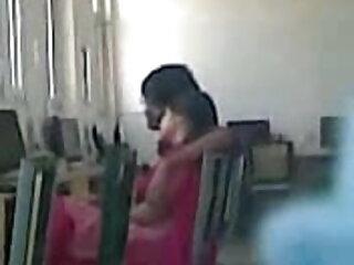 उसका पहला हिंदी ब्लू सेक्सी फुल एचडी blowjob अश्लील 2
