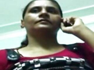 सेक्सी किशोर एक काले मुर्गा पर हिंदी फिल्म सेक्सी फुल एचडी सेलिंग जाता है