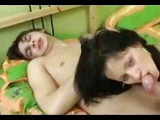युवा प्रेमी ब्लू सेक्सी फुल मूवी एचडी के साथ स्कीनी परिपक्व
