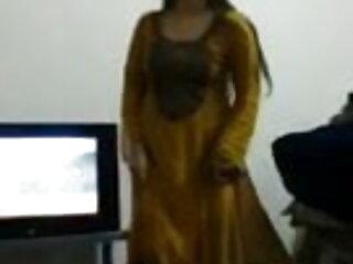 बहुत गर्म लड़की वेब कैमरा पर गुदा (गुदा) बीएफ फिल्म सेक्सी फुल एचडी में