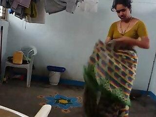 फूहड़ susan उसके सेक्सी हिंदी एचडी फुल मूवी गधे 2 के साथ मेरे चेहरे को पीसता है