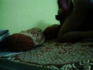 परिपक्व सेक्सी फिल्म फुल एचडी सेक्सी फिल्म छेड़ता है